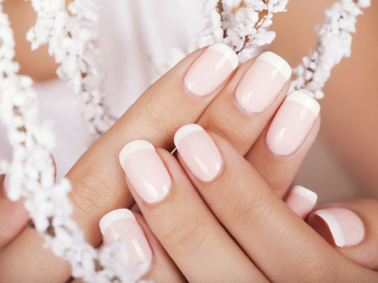 Deluxe Manicure Gift Voucher